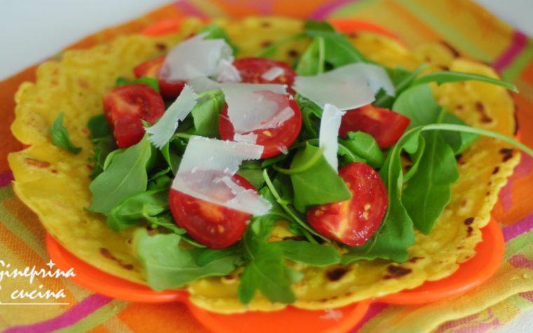 insalatina su piadina di ceci