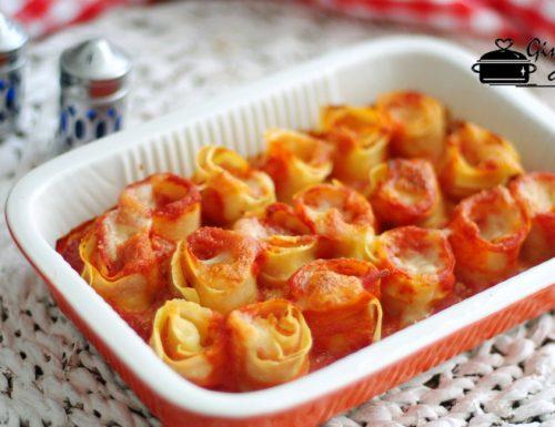 rotolini di pasta con prosciutto e mozzarella