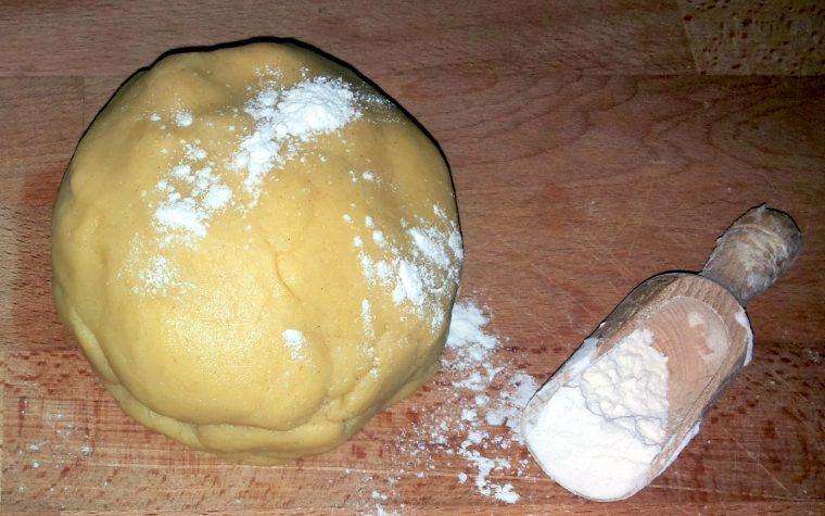 la pasta brisè – ricetta base anche con il bimby