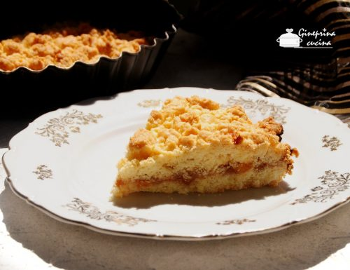 torta sbriciolata con la marmellata