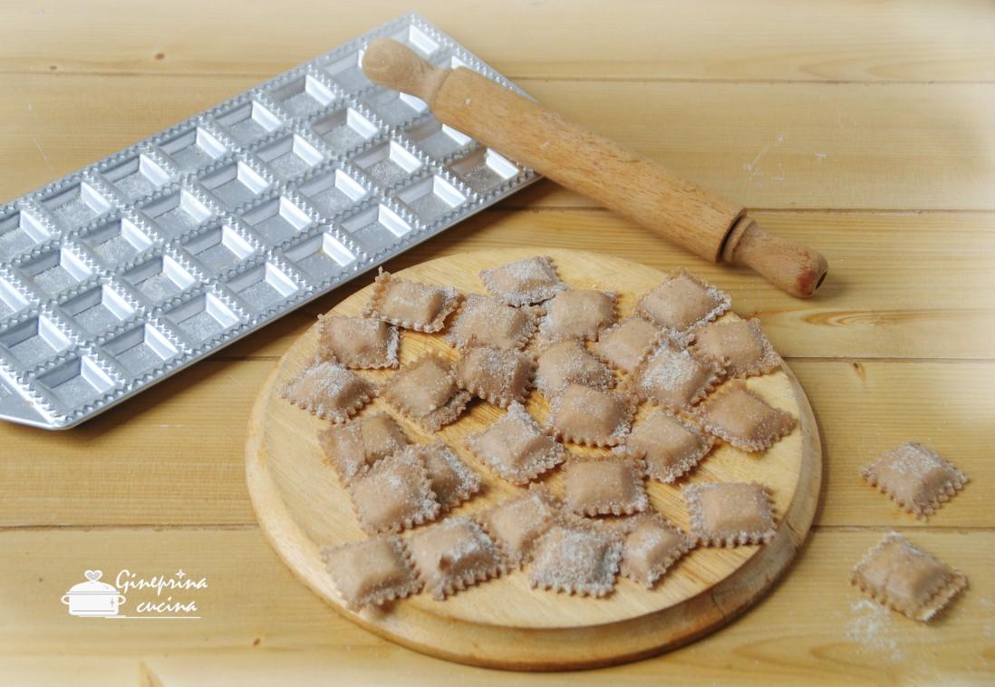 ravioli di farina di castagne crudi