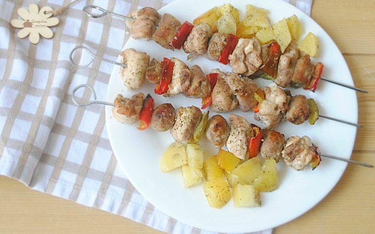 spiedini di pollo e patate – cotti in forno