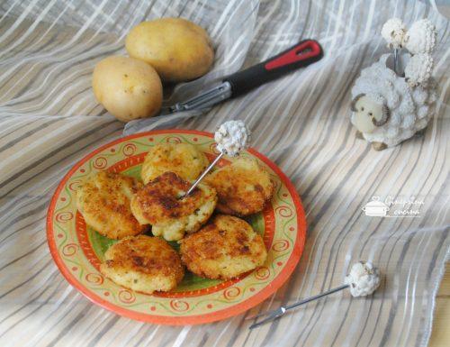 crocchette di patate ed Emmentaler con erba cipollina