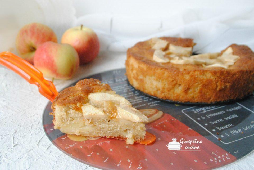 torta rustica alle mele con fetta