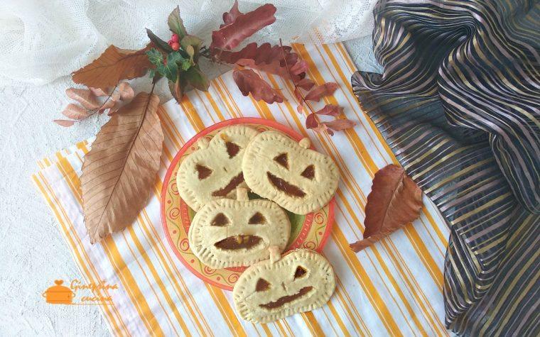 biscotti di halloween a forma di zucca