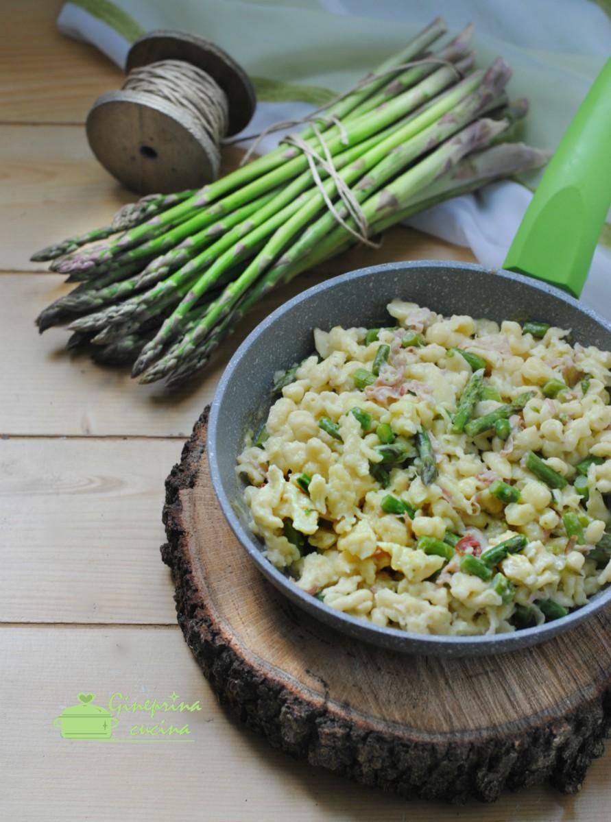 spätzle con asparagi speck e robiola