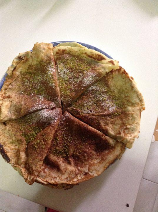 crepes alla nutella e granella di pistacchi