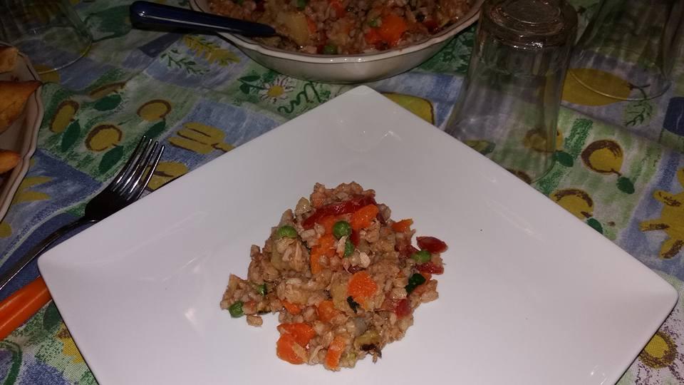 insalata light con verdure e farro perlato