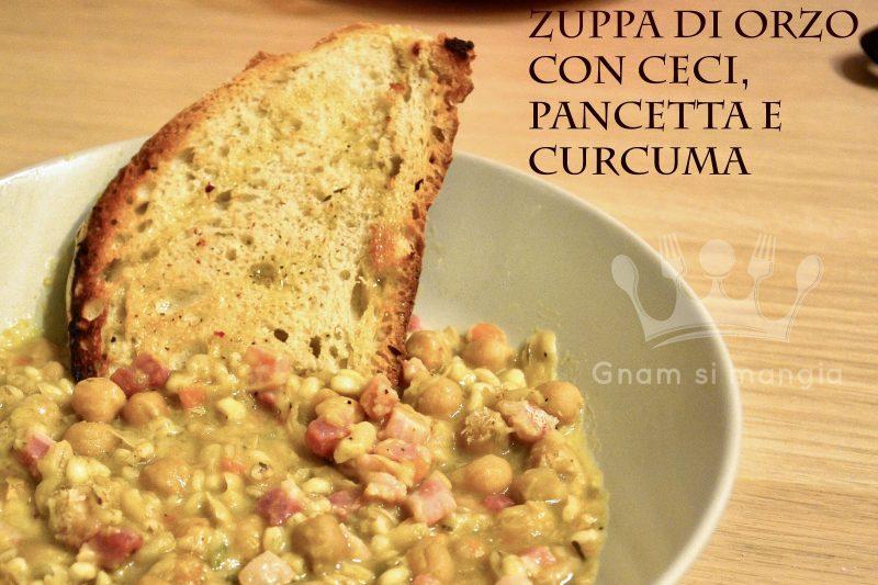 Zuppa di orzo con ceci pancetta e curcuma