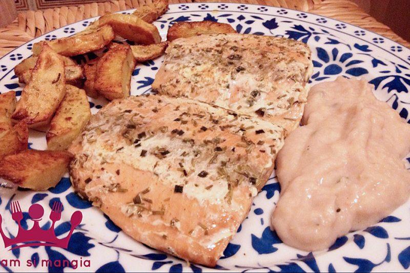 Tranci di salmone con crema di fagioli cannellini