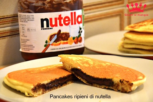 Pancakes ripieni di nutella