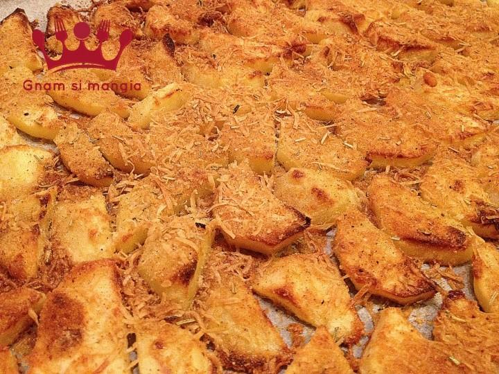 patate-al-forno-saporite-pecorino-pangrattato