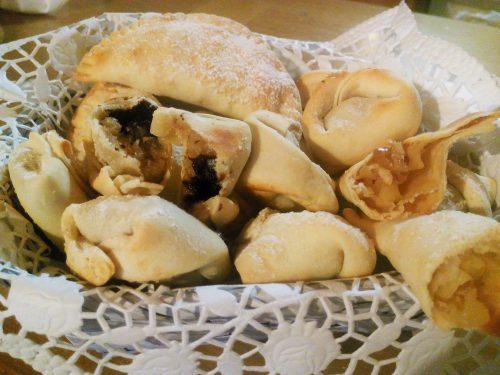 Tortellini e ravioli dolci – Sweet tortellini and ravioli