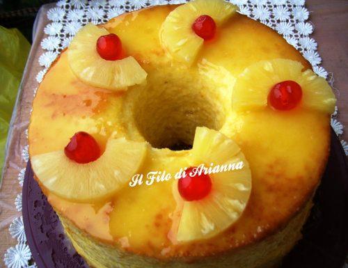 Angel food cake con crema al latte di mandorla