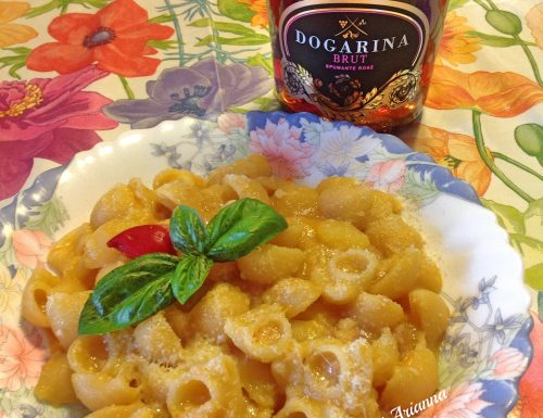 Pasta e patate saporite alla napoletana