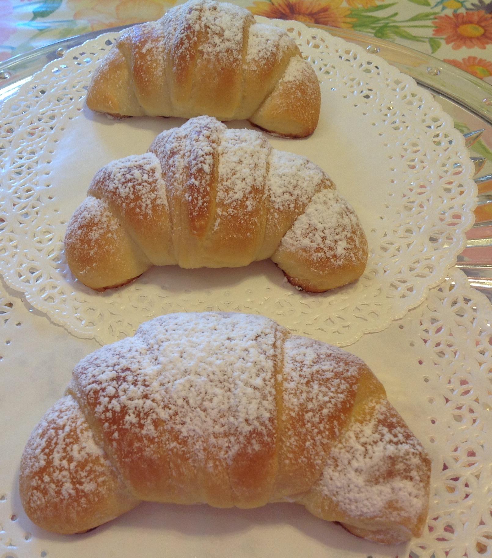 croissant brioche senza uova