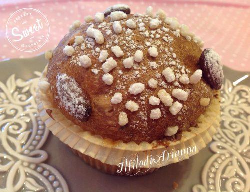 Muffin di panettone natalizio