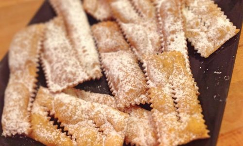 Chiacchiere di carnevale senza glutine leggerissime