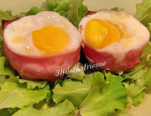 Cestini di prosciutto, formaggio ed uova