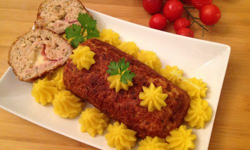 Rollè di pollo con provola prosciutto e limone