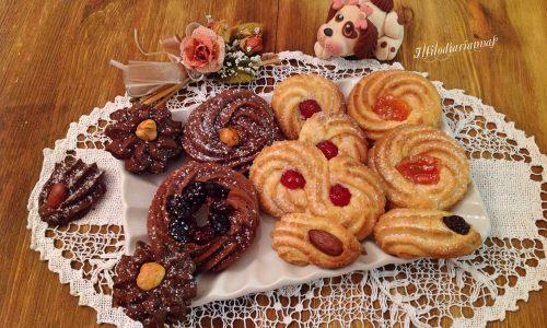 Biscotti friabili da the agli agrumi e al cacao e cannella