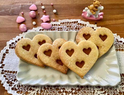 Biscotti di pasta frolla con farina di arachidi tostate