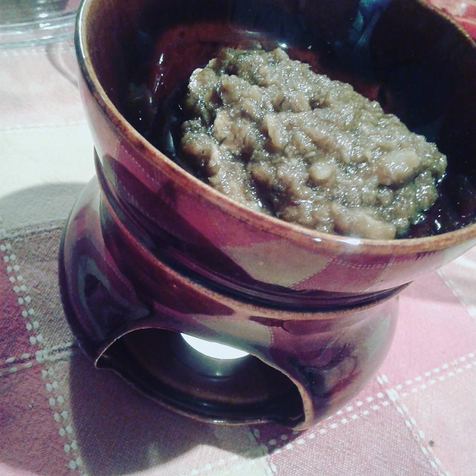 La Bagna caoda tipico piatto Piemontese