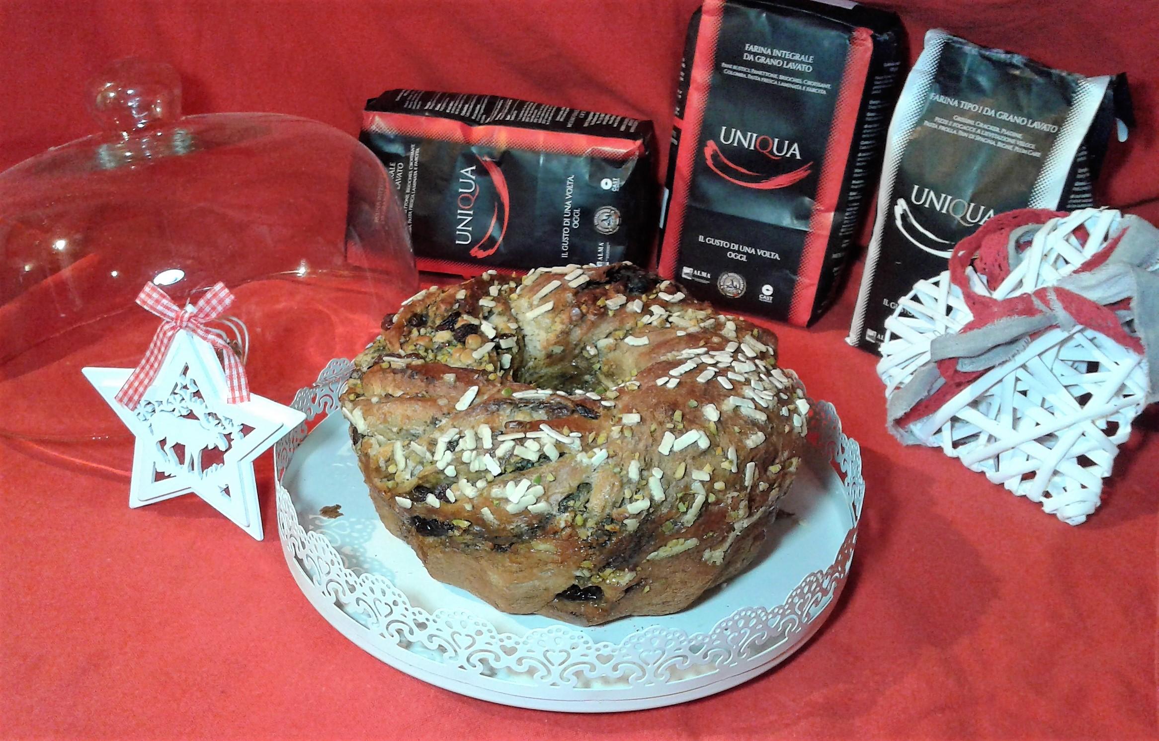 Angelica con crema al pistacchio e gocce di cioccolato bianco