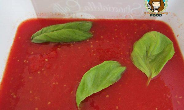 Conserva di pomodori fatta in casa (senza bimby)