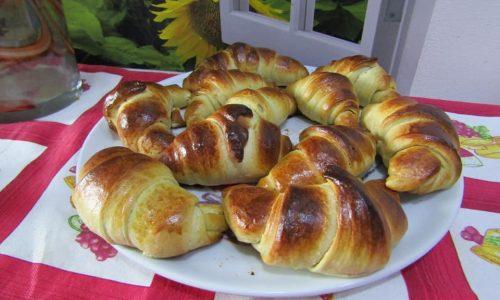 Croissant morbidissimi con il preparato di Alpi Briovo Burro