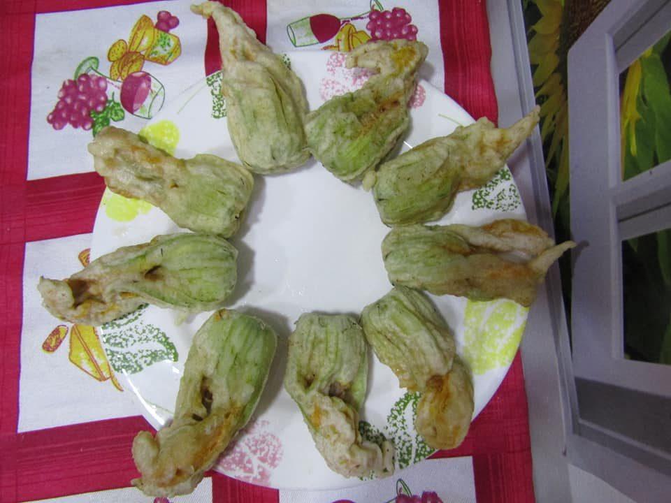 fiori-zucca-pastella-mozzarella-prosciutto