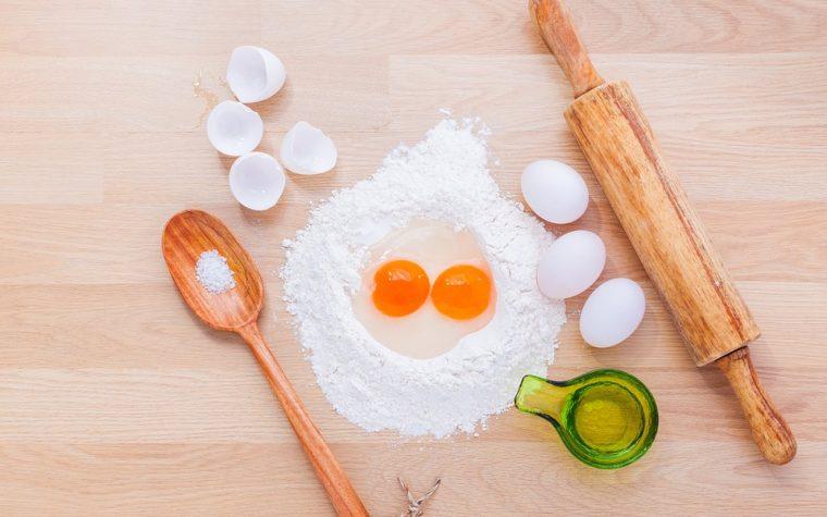 Uova, con quali ingredienti sostituirle in cucina per intolleranze