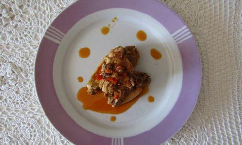 Pollo alla cacciatora con paprika dolce e peperoncino media piccantezza
