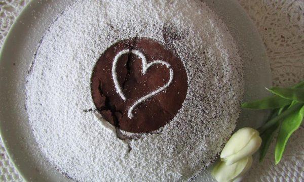 Torta al cioccolato vegetariana
