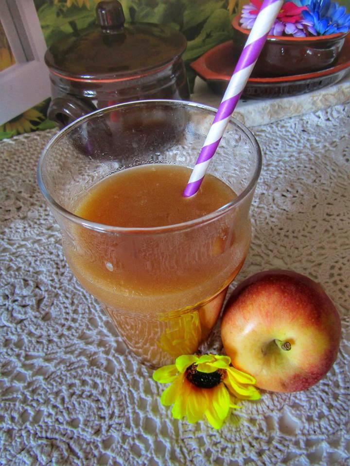 succo-di-frutta-alla-mela