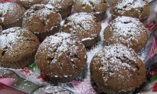 Muffin senza glutine al cioccolato e nocciole bio