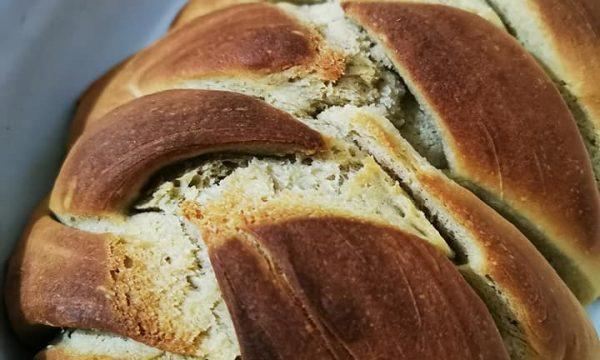 Treccia di pane all'olio extravergine d'oliva