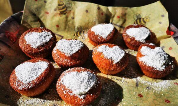 Muffin alle pere antiche e crema di limone al latte di bufala