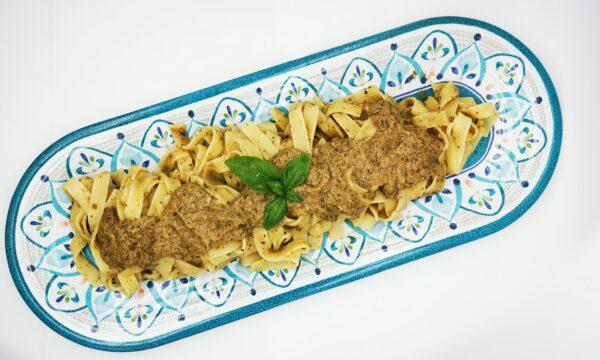Tagliatelle a nido Pantanella condite con salsa tartufata