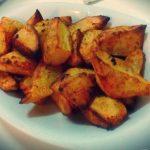 Spicchi rustici di patate al forno