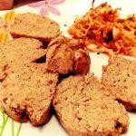 Polpettone vegetariano con fagioli, verza e basilico