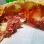 Calzoni & panzerotti (ricetta base+idee per farcire!)