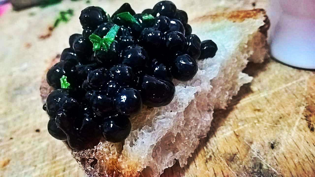 Perle Di Finto Caviale In Cucina Con Floriana