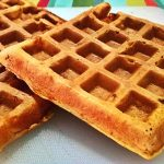 Finti Waffles o Pancakes salati ai peperoni