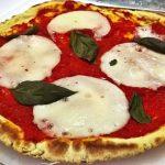 Pizza leggerissima in padella senza lievito