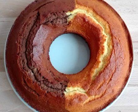 Torta cacao e panna bicolore