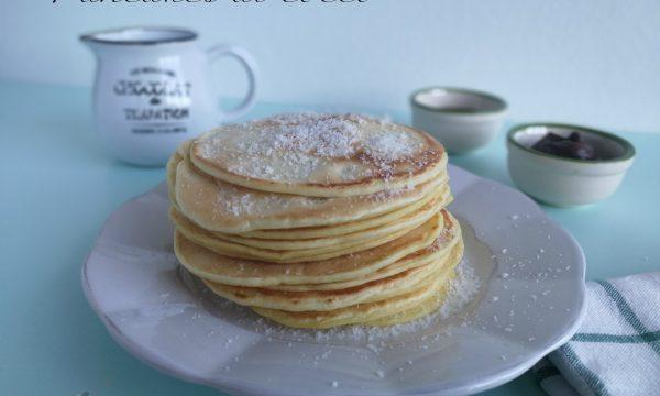 Pancakes al cocco senza latte e burro