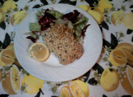 filetto di salmone in crosta di mandorle e noci