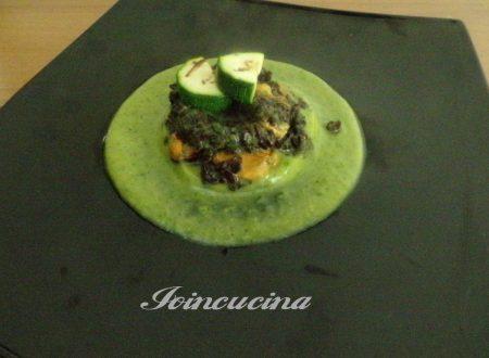 Riso nero venere con crema di zucchine e cozze