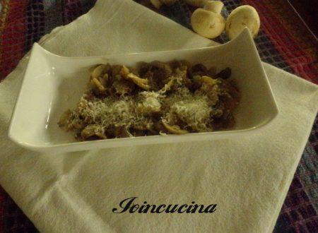 Funghi champignon trifolati al parmigiano